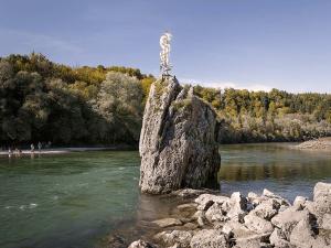 Schlauchboot-Tour Pause zum Baden und Springen am Georgenstein